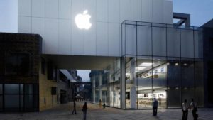 Apple vai reabrir mais 100 lojas físicas nos Estados Unidos