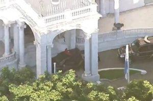 PF realiza operação na residência oficial do governador do RJ
