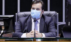 Read more about the article Mandatos de prefeitos e vereadores não devem ser prorrogados, diz Maia