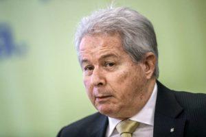 Rubem Novaes renuncia ao cargo de presidente do Banco do Brasil