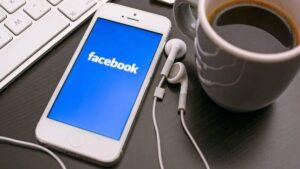 Apple impede Facebook de exibir aviso sobre taxa cobrada pela App Store