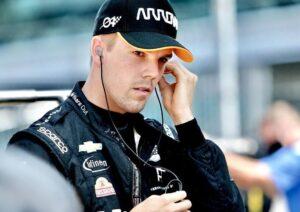 Substituído por Castroneves na última prova, Askew deixa a McLaren em 2021