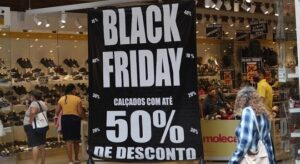 Consumidores veem preços subirem antes da Black Friday
