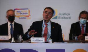Barroso diz que abstenção de eleitores foi maior que o desejável