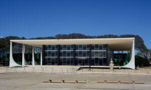 STF vota pela inconstitucionalidade da reeleição de Maia e Alcolumbre