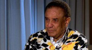 Agnaldo Timóteo, de 84 anos, é internado com covid em UTI