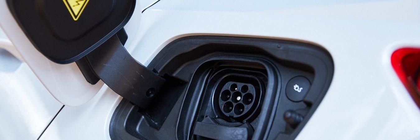 Volvo deixará de vender carros movidos a gasolina até 2030