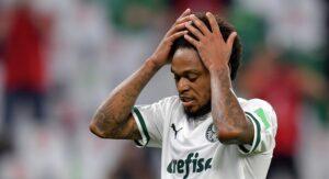 Luiz Adriano se defende após furar isolamento e atropelar ciclista