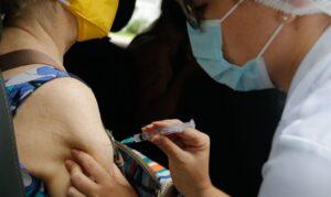 Read more about the article Covid-19: governo anuncia distribuição de mais 4,4 milhões de vacinas