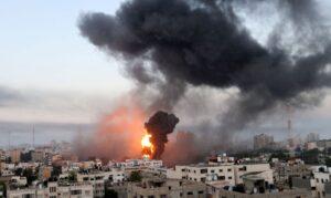 Read more about the article Tropas israelenses se posicionam na fronteira da Faixa de Gaza