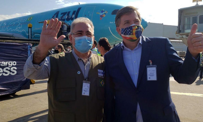 You are currently viewing Lote com 3 milhões de doses da vacina da Janssen chega ao Brasil