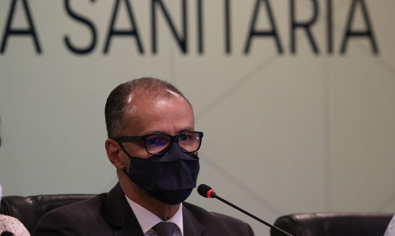 You are currently viewing Presidente da Anvisa apela à população que tome segunda dose da vacina