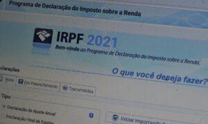 Read more about the article Guedes anuncia que faixa de isenção do IR passará para R$ 2,5 mil