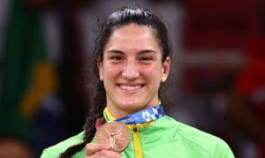 Read more about the article Mayra Aguiar conquista bronze no judô na Olimpíada de Tóquio