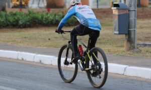 Read more about the article Ciclista: dia nacional alerta sobre desafios para trânsito mais seguro