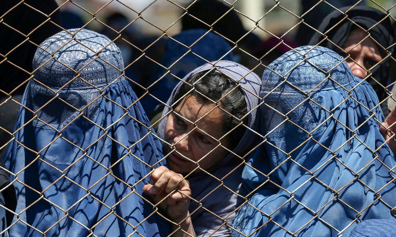 You are currently viewing Afeganistão: instituições denunciam violação dos direito das mulheres