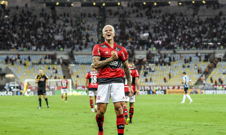 You are currently viewing Com dois de Pedro, Flamengo derrota Grêmio e avança na Copa do Brasil