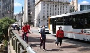 Read more about the article Ministro diz que dispõe de R$ 7 bi para investir em mobilidade urbana