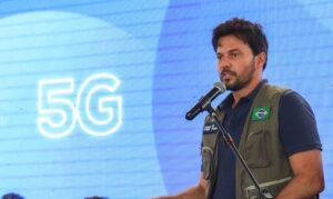 Read more about the article Investimentos do 5G vão universalizar internet no Brasil, diz ministro
