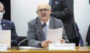 Read more about the article Ministro fala na Câmara sobre novos institutos federais de educação