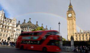 Read more about the article Reino Unido alivia regras para viajantes de países como Brasil e Índia