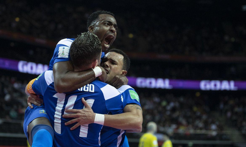 You are currently viewing Brasil vence Cazaquistão de virada e leva bronze no Mundial de Futsal